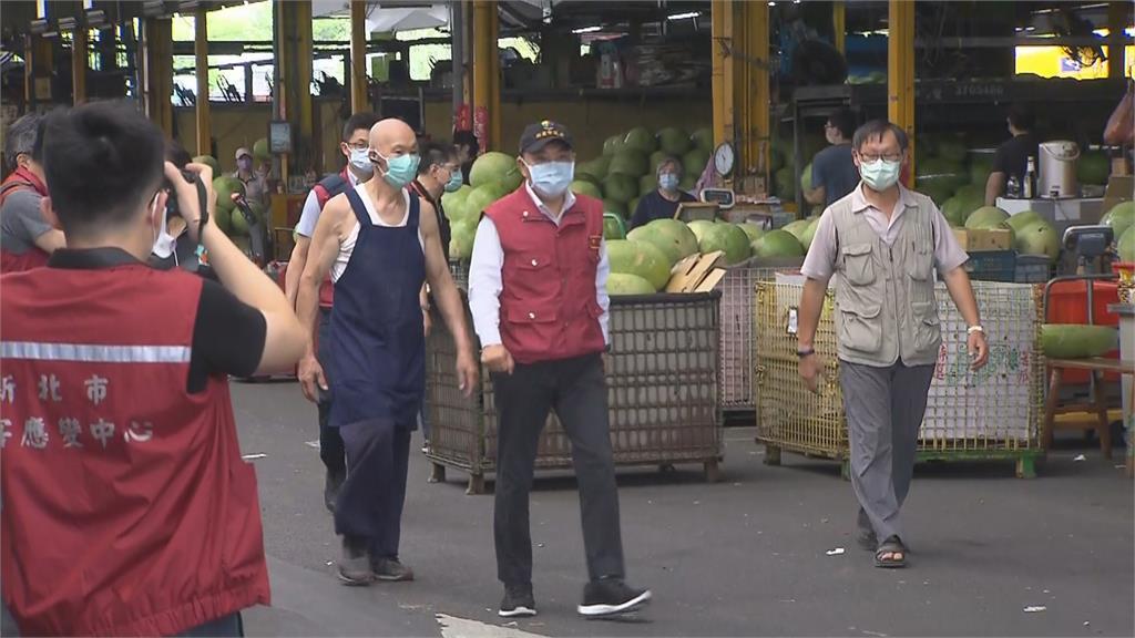 憂北農群聚有破口!新北果菜市場快篩1800人