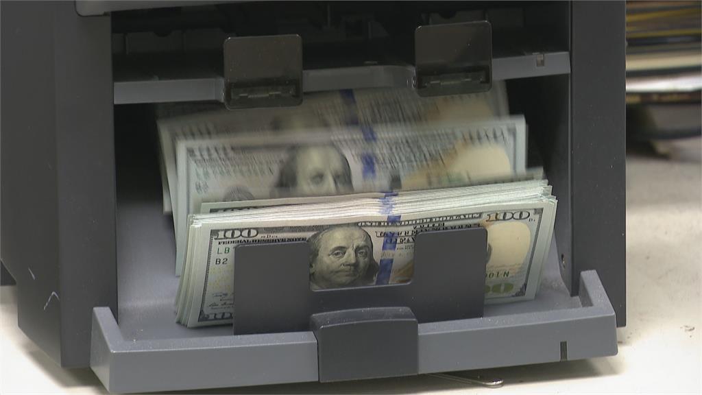 央行抓炒匯! 8糧商遠期外匯炒台幣 高達110億美元