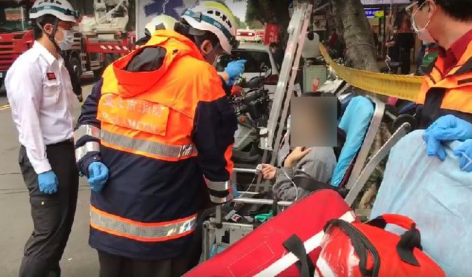 快新聞/林森北路寢具店失火! 消防救出4大3小「含1名嬰兒淡定微笑」