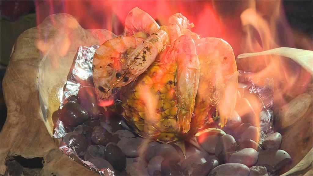 自產鳳梨自己吃!鳳梨料理多「火燒鳳梨蝦」令人驚豔
