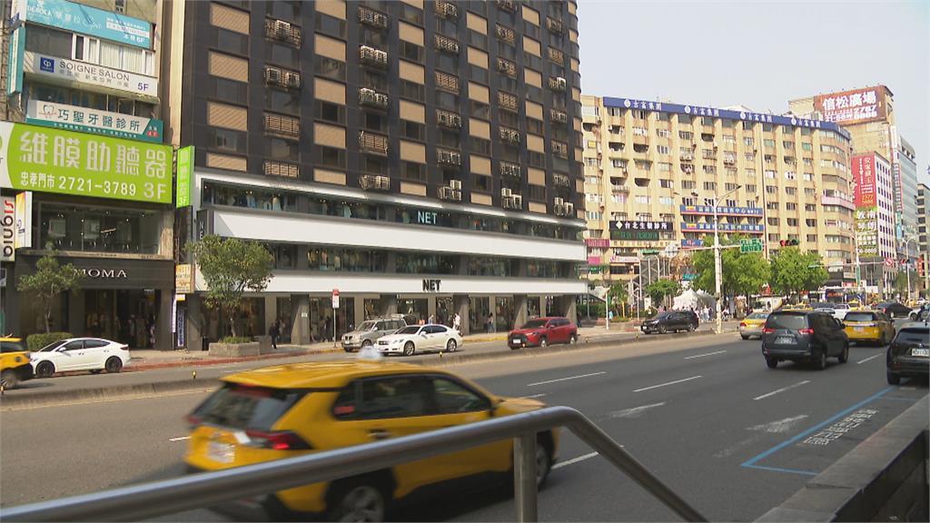 台北商圈拚轉型 東區地下街交接期冷清清