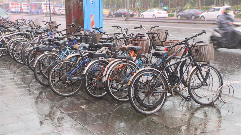 違規 事故案件暴增北市研擬單車車牌系統加強管理