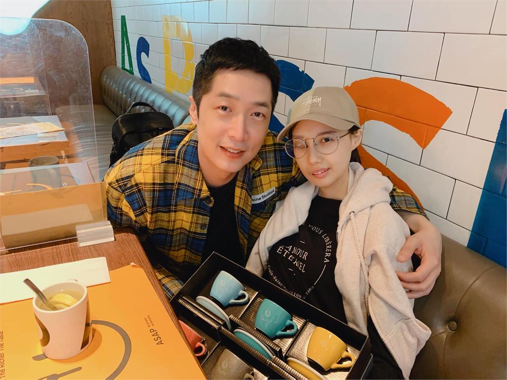 抗癌女歌手病逝享年31歲 正要走紅卻罹罕見癌症毀容失明
