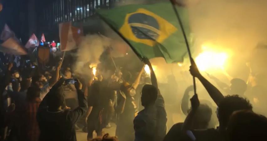 繼美國後全球第二慘 巴西染疫病逝人數破50萬大關