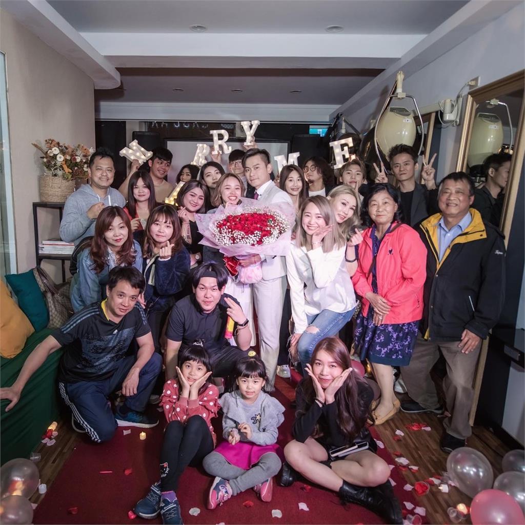 陳彥廷戲中癡情種深植觀眾心愛情事業兩得意 向小近20歲女友求婚成功