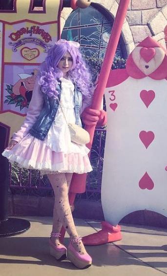 九州唯一的「109辣妹」! 人妻卸妝曝素顏竟是森林系空靈少女