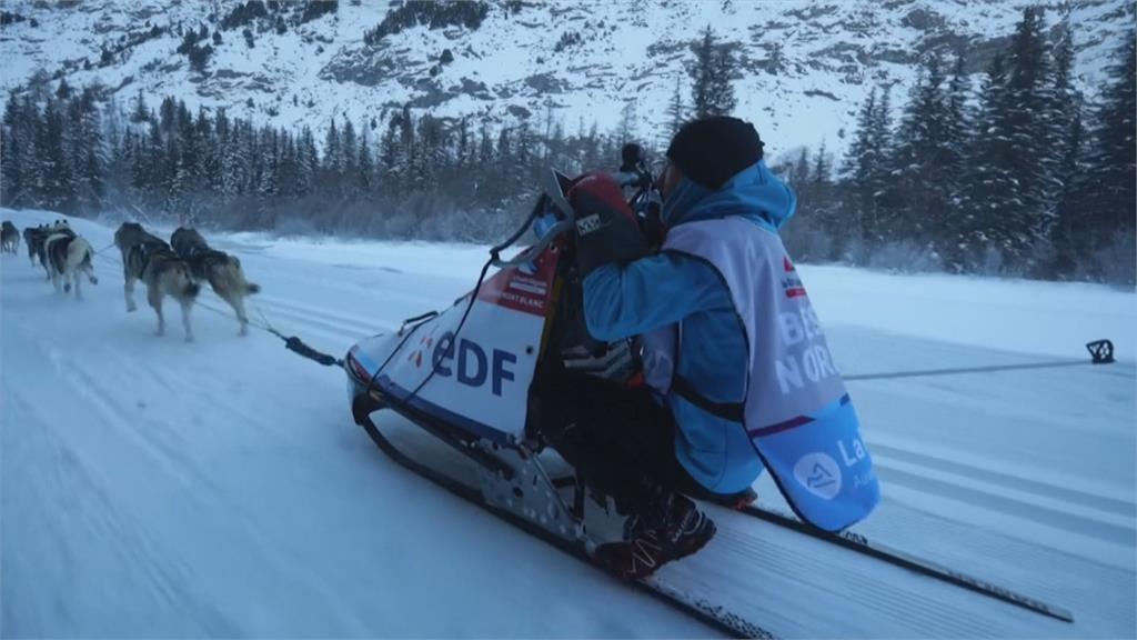 雪橇犬阿爾卑斯山上競速法國好手寫四連霸