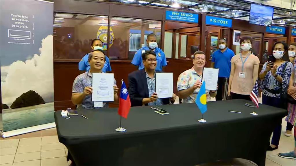 「總統級」接機禮遇!首發團晚間抵帛琉