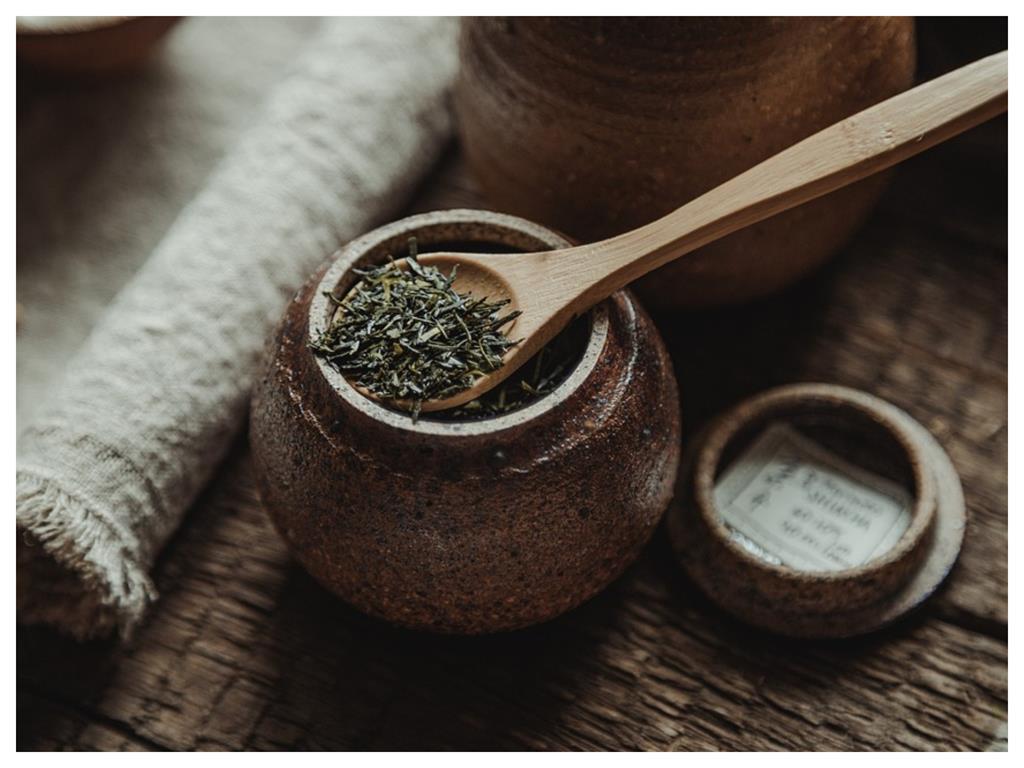 銅板價卻風味絕佳!市售瓶裝茶便宜又好喝 內行人揭「這秘密」