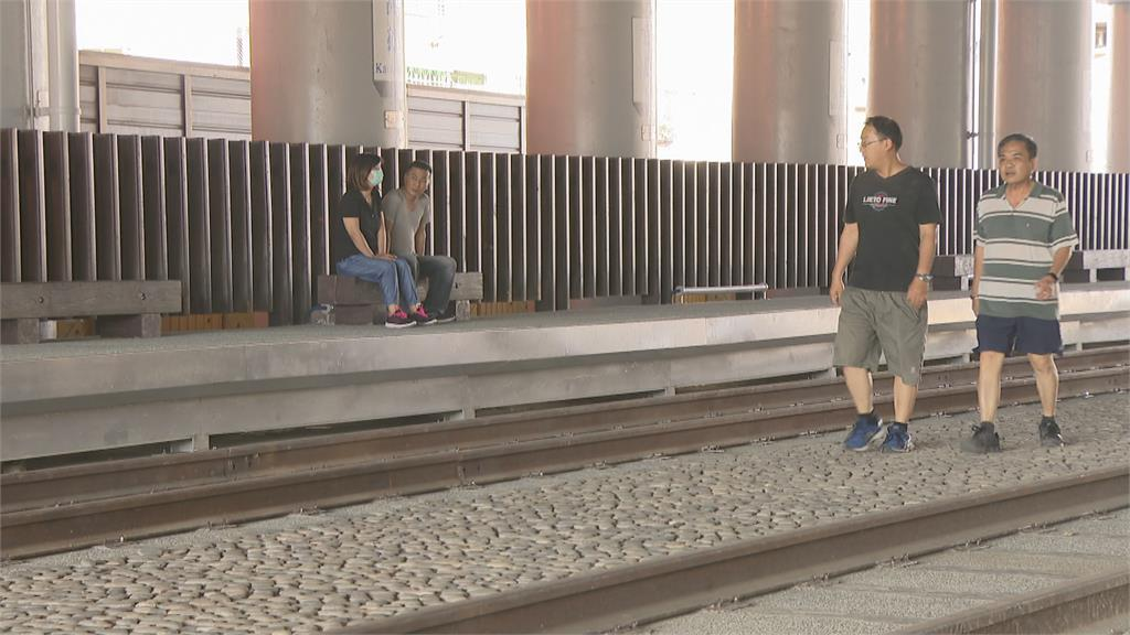 高雄打卡新熱點!舊鐵橋廊道改造綠園道