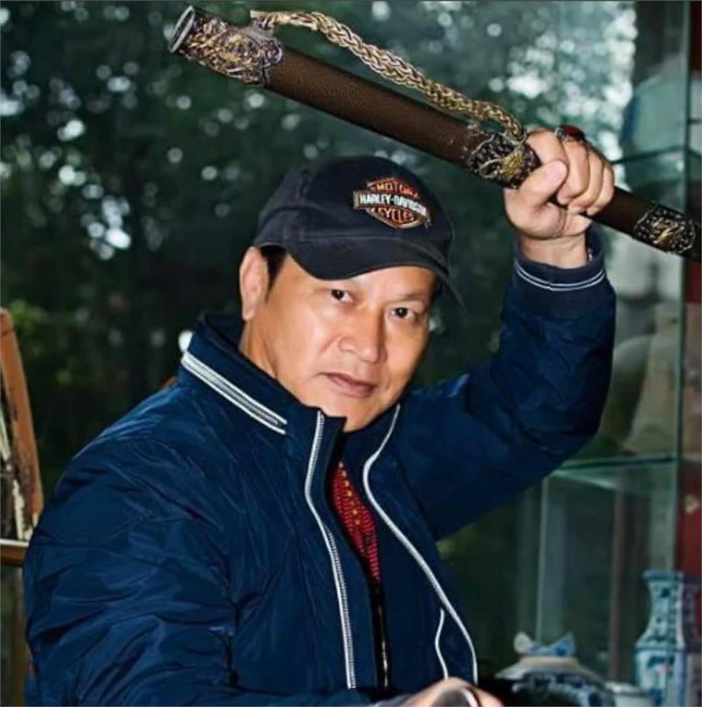 成龍鼻樑曾被他一拳打斷 「最強反派」狄威67歲近況曝光