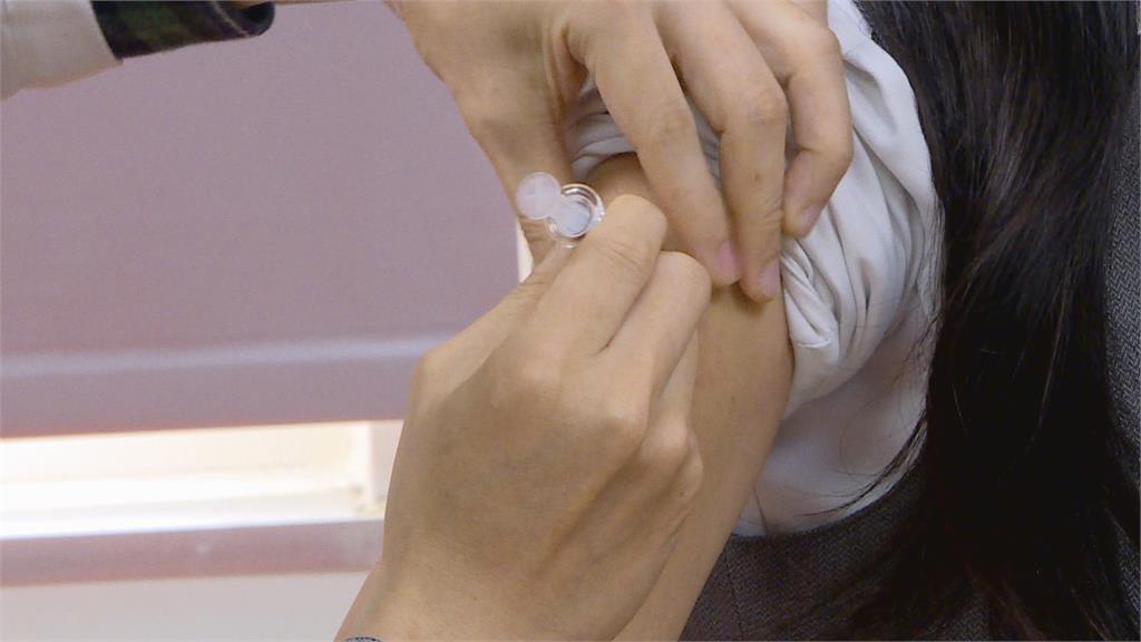 疫苗預約平台建置完成 日贈台AZ疫苗不使用