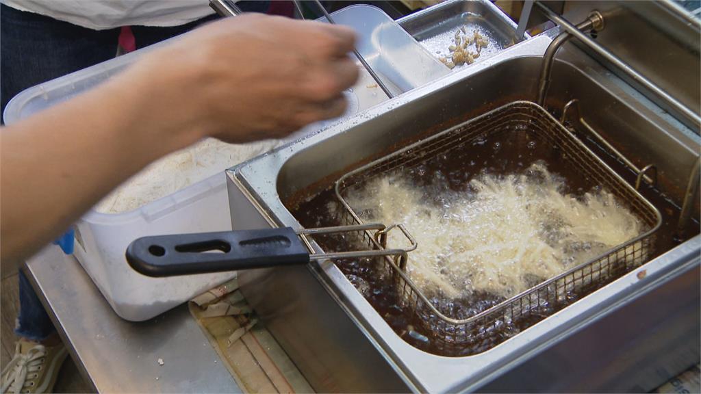 滿滿澎湃海味 酥炸魷魚麵線豪邁登場