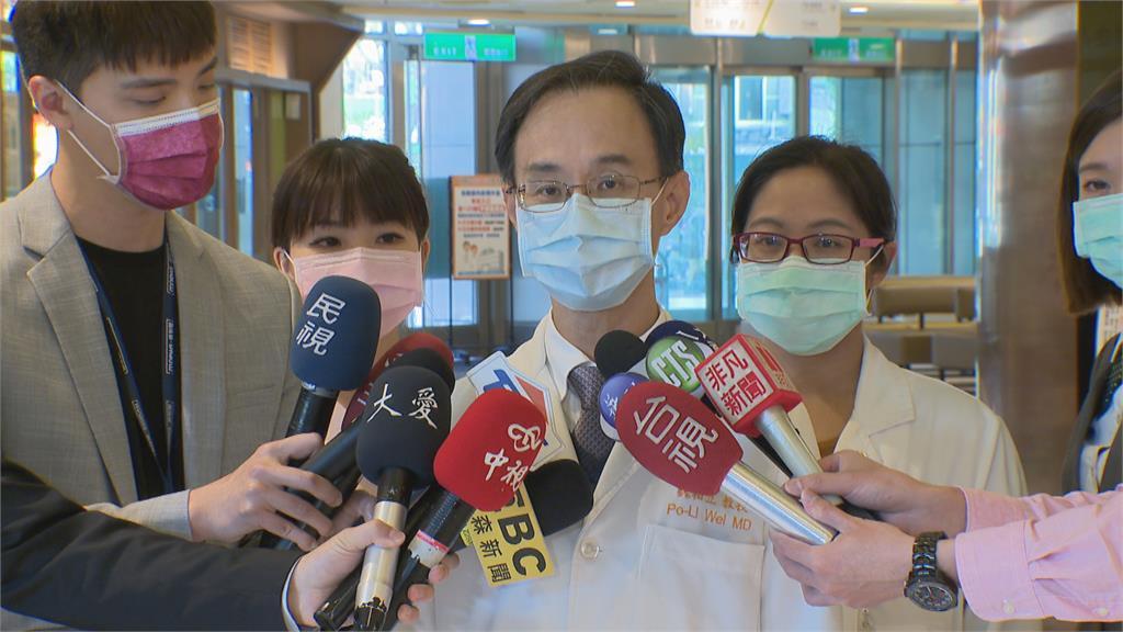 北醫團隊秘密跨海救援史瓦帝尼國王染疫 吃台灣送的藥治癒!