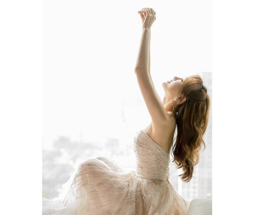 《延禧》最美皇后「透視禮服」身材全都露!41歲秦嵐成「不老神話」