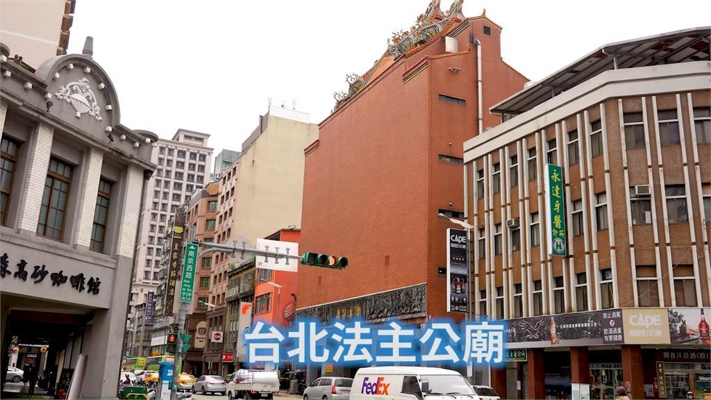 台灣寺廟宛如「神像版諾亞方舟」 擁有專屬電梯流浪神像全住這