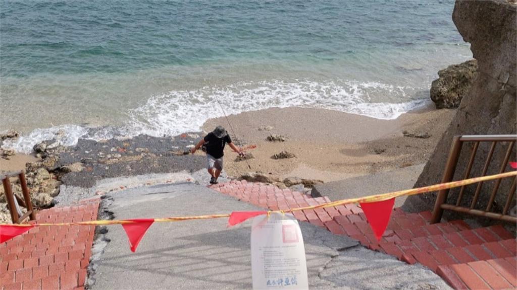 疫情趨緩民眾悶不住!海邊沒戴罩、違規闖國家公園 警方嚴格執法
