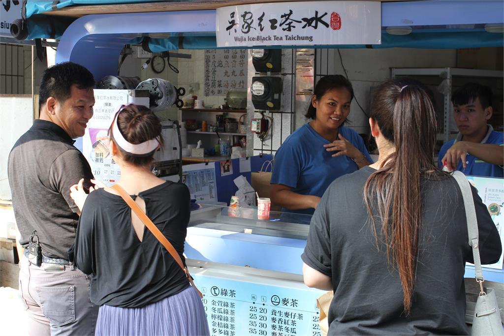 台灣古早味驚豔「食品界米其林」!吳家紅茶冰摘3星最高殊榮