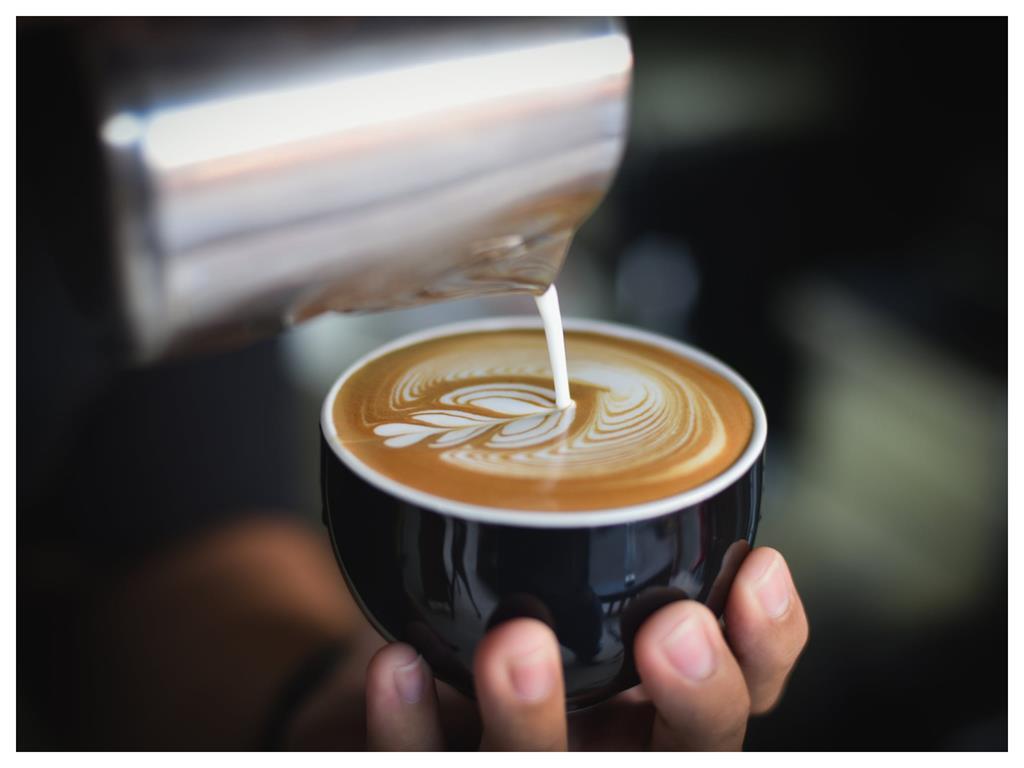 喝咖啡別再加鮮奶!內行人神推「加1樣」根本新世界