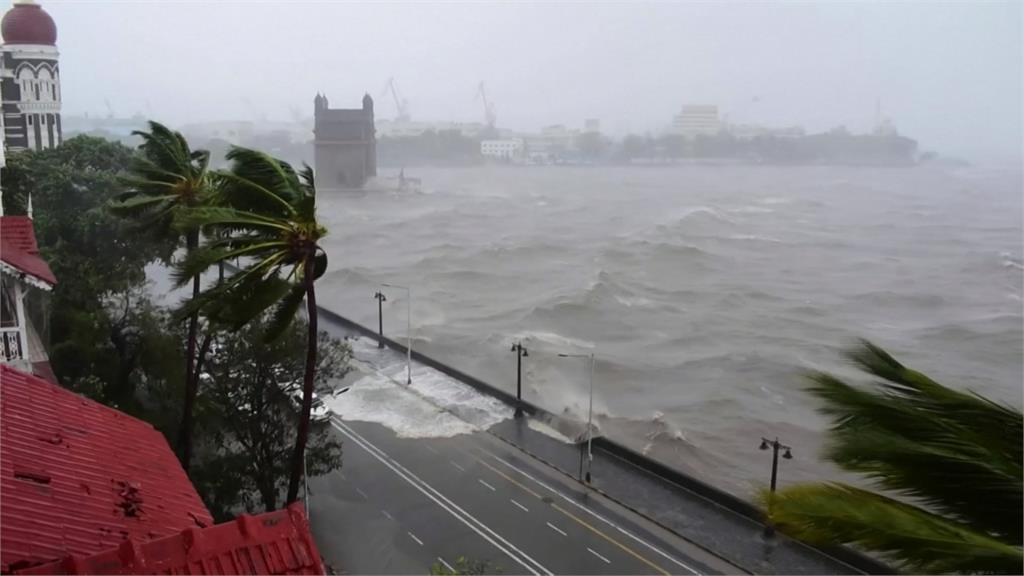 全球/熱帶氣旋+疫情雙重夾擊 印度禍不單行!