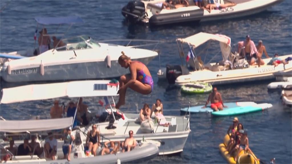 停辦21個月...紅牛懸崖跳水巡迴賽回來了 新秀突圍!羅馬尼亞佩瑞達持外卡勇奪冠軍