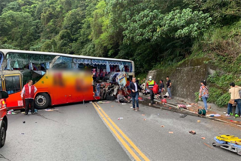 快新聞/遊覽車自撞3人羅東博愛出院 游姓司機意識清醒 院方曝:他很自責