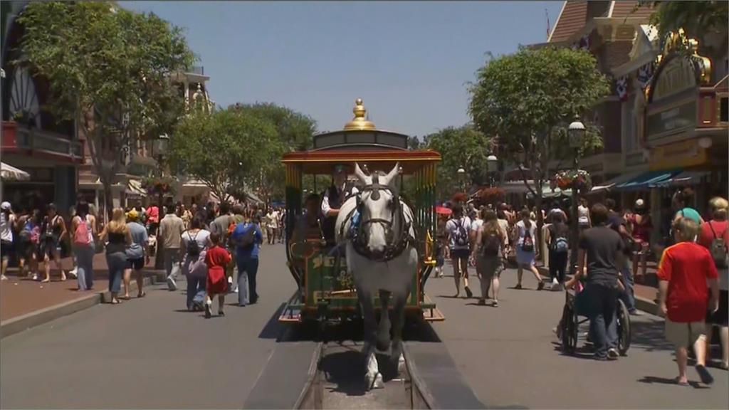 加州迪士尼可望重開! 線上預約入園開跑