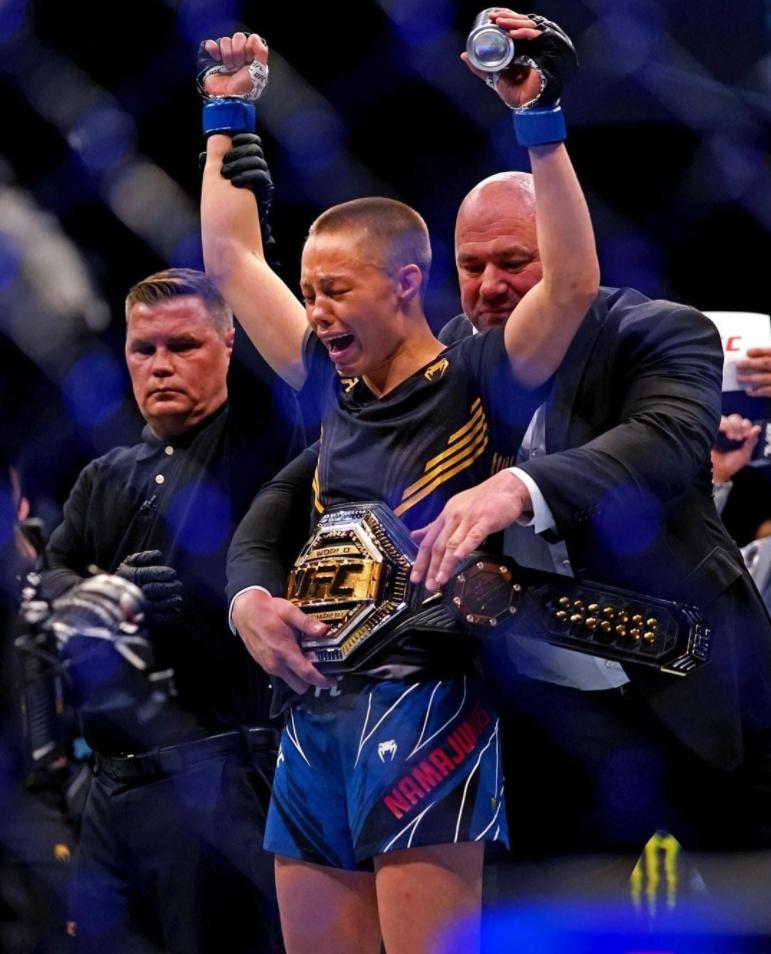 格鬥》為自由而戰!「暴徒玫瑰」一腳秒殺中國冠軍奪回頭銜