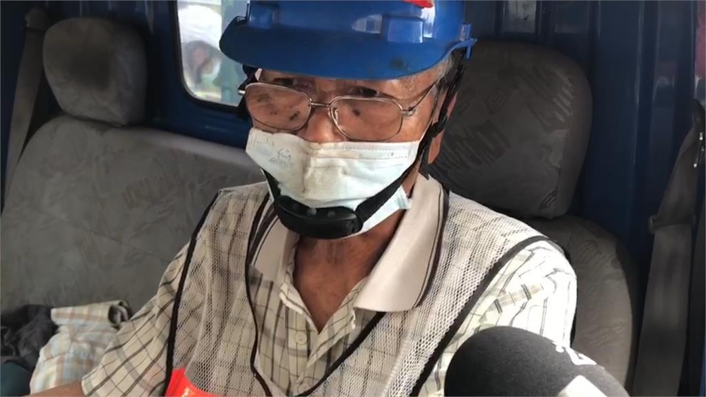 70歲老師傅指點經驗 第8車提前拖出隧道